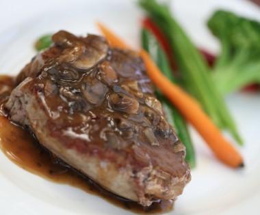Le Vesuvio Steak